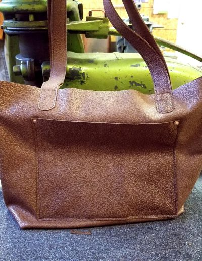 Urban Tote: Front